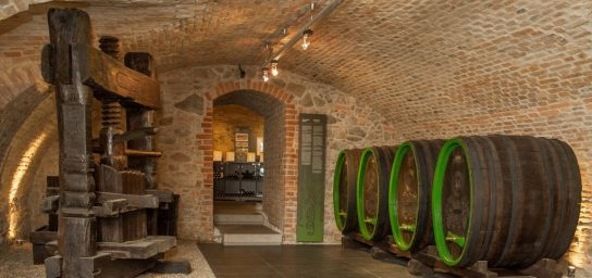 Nationaler Weinsaloon