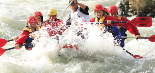 Rafting for 6 persons / Jet skiing / Hydrospeed / Danube cruise