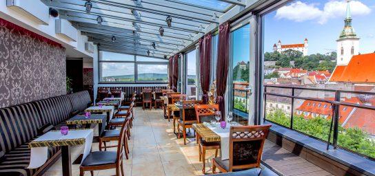 SKY Restaurant & Bar