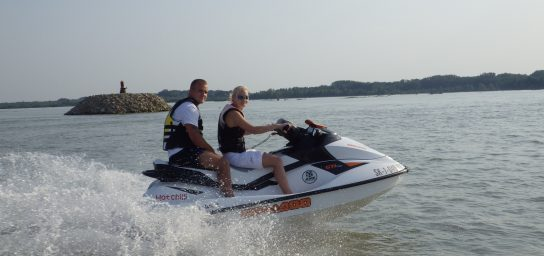 Safari ride on jet ski