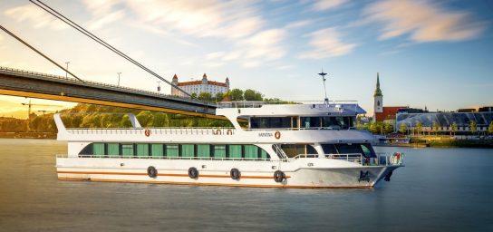 Plavby po Dunaji